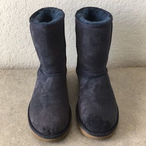 Women UGG Navy Boots size 8.5
